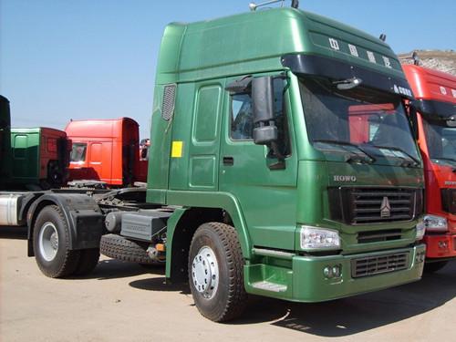 Sinotruk Howo 4x2 Tractor Truck 371hp