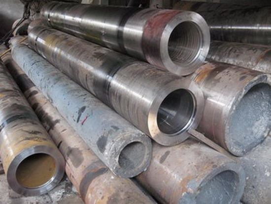 Thick Walled Centrifugal Cast Steel Pipe With Large Caliber