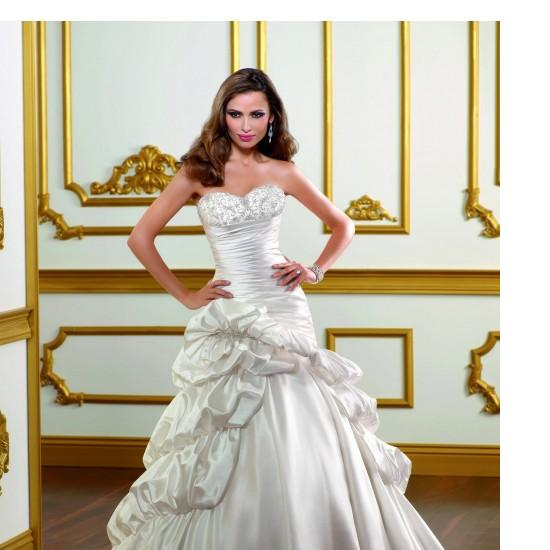 Traditional Taffeta Sweetheart A Line Wedding Dress With Ruffle Tiered Skirt A77