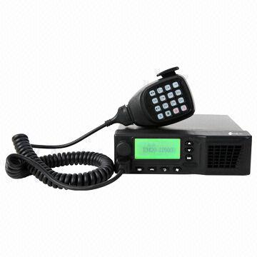 Two Way Radio Equipped In Vehicle Gps Module For Optional Large Lcd To Display Menu Write Sms