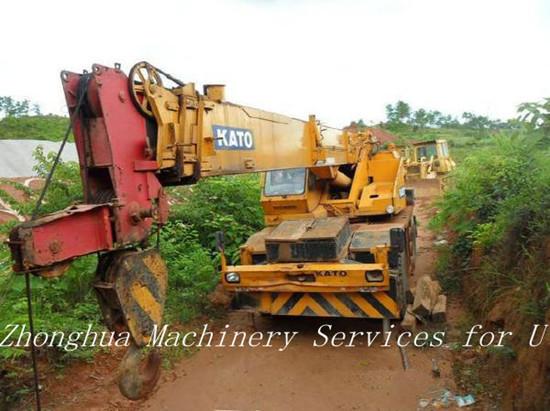 Used 25 Ton Kato Rough Terrain Crane