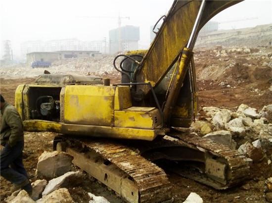 Used Crawler Excavator Komatsu Pc200