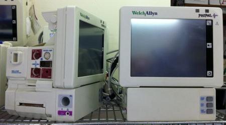 Welch Allyn Propaq Cs Ecg Co2 Monitor