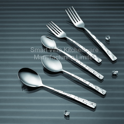 Western Tableware Dining Spoon With Fast Delivery