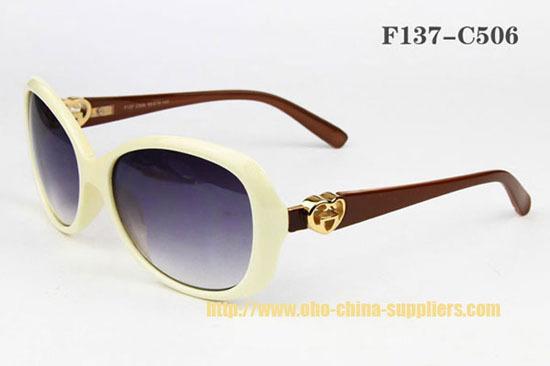 2013 Fashionable Oho Plastic Sunglass 2