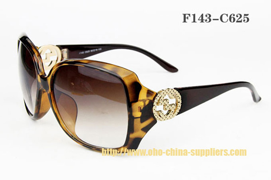 2013 Fashionable Oho Plastic Sunglass 4