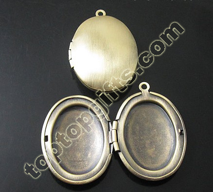 2013 Popular Oval Metal Locket