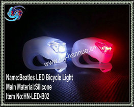 3v Battery Powered Waterproof Silicone Bicycle Helmet Light