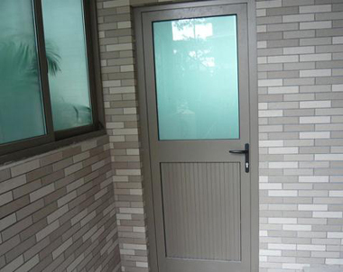 Aluminium Swing Door