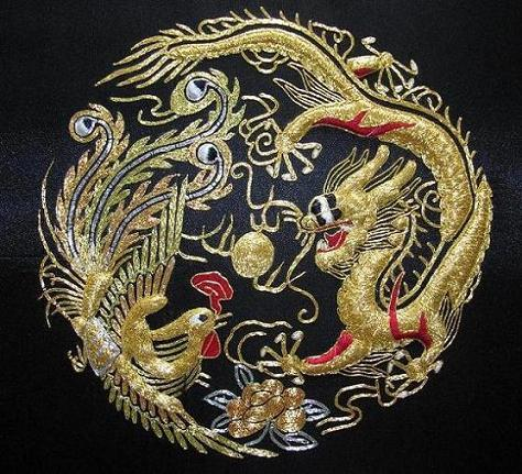 Chinese Handmade Solid Golden Embroidery Dragon Phoenix Painting