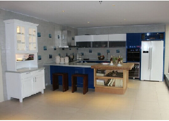 Contemporary Style Kitchen Cabinet