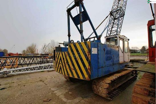 Crawler Crane Hitachi Kh 100 132