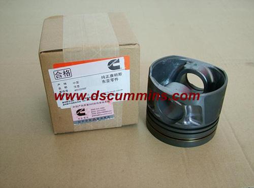 Cummins Engine Parts Piston 4995266