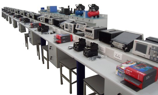 Electronics Workbench For Vocational Training Schools