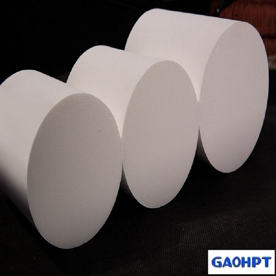 Exhaust Honeycomb Ceramic Substrate Catalyst For Car From China