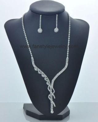 Fashion Rhinestone Necklace Set Wholesale From China