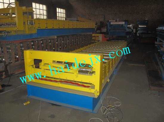Haide C8 Roll Forming Machine For Russia