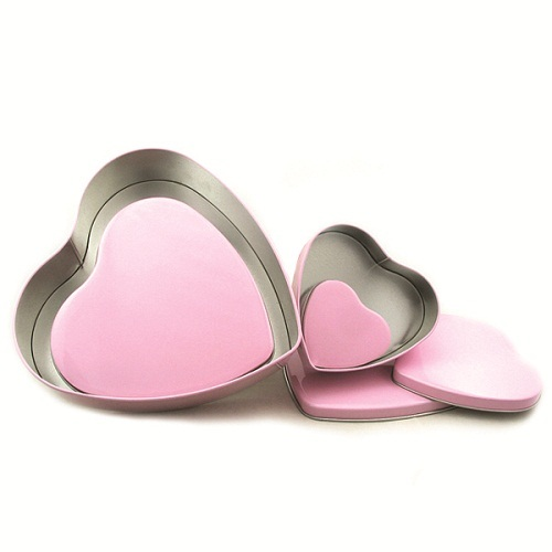 Heart Shaped Valentine Chocolate Tin Can