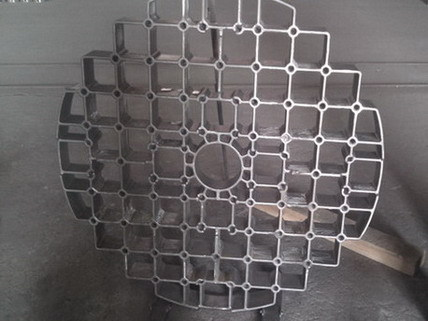 Heat Treatment Furnace Accessories Fixture Trays And Grids Cast Baskets