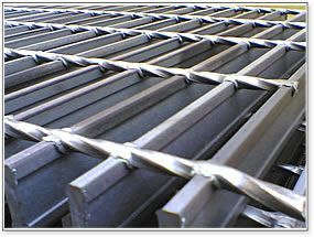 Heavy Duty Steel Grating Are Economical Have Excellent Load Characteristics