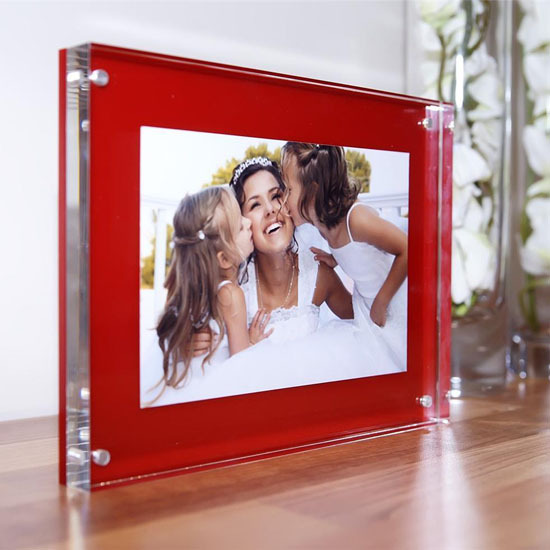 High Grade 20mm Thickness Freestanding Acrylic Picture Frame Photo