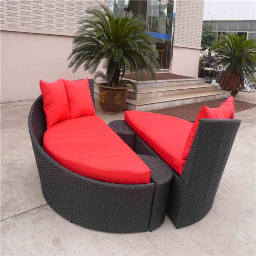 Innovative Beautiful Rattan Daybed