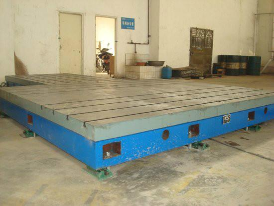 Inspect Accuracy Precise Crossed T Slot Cast Iron Bed Plate