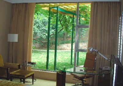 Motorised Retractable Curtain Ae1200