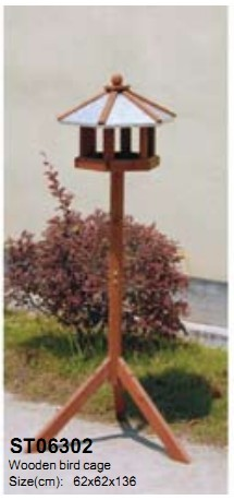 Outdoor Wooden Bird Cage St06302