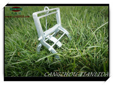 Powerful Setting Mole Trap For Control