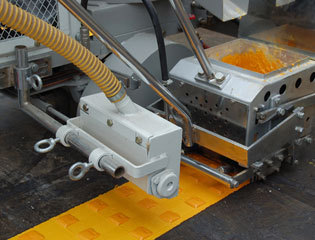 Self Propelled Convex Vibration Line Marking Machine