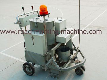 Self Propelled Tow Component Road Marking Machine