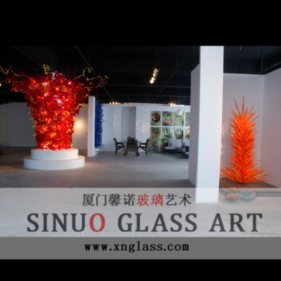 Unusual Glass Sculpture Manufacturer