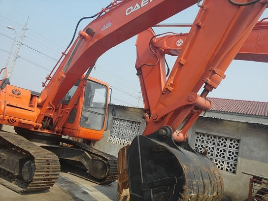 Used Daewoo Dh220lc Excavator