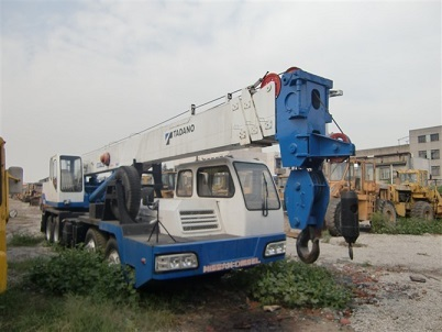 Used Tadano Tl300e 2 Crane