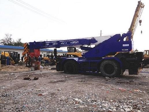 Used Tadano Tr250m 3 Crane