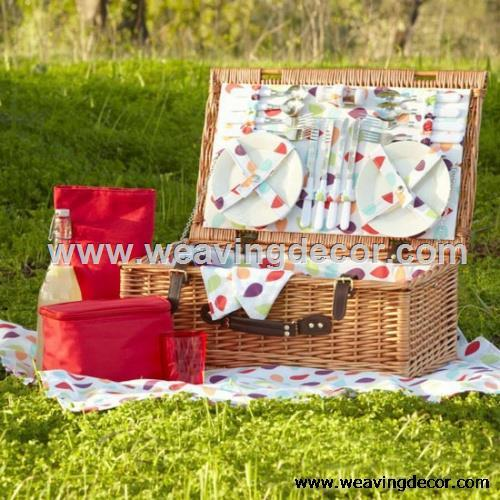 Wicker Picnic Basket For Garden