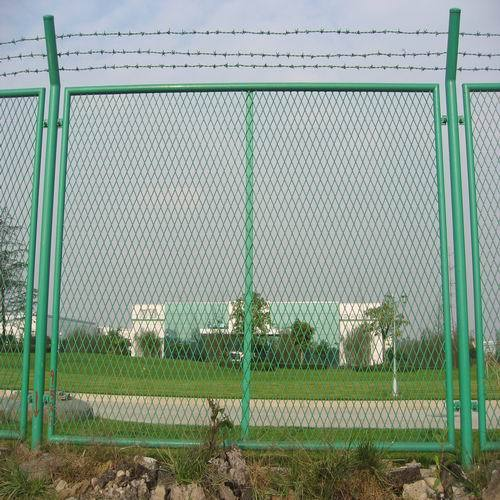 Wire Mesh Fence Manufacturer