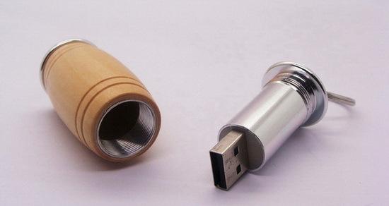 Wood Cask Shaped Usb Flash Drive