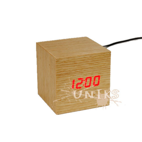 Wooden Led Alarm Clock By Usb Power Un1609
